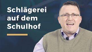 Video Thumbnail zum Artikel Schlägerei auf dem Schulhof
